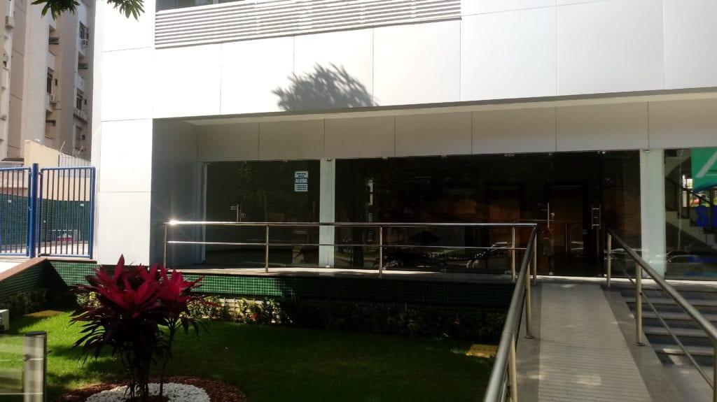 Avenida Anita Garibaldi, 1211